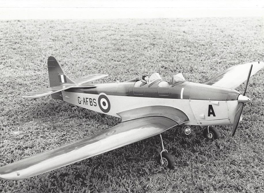 Miles Magister M14 1/4 Scale