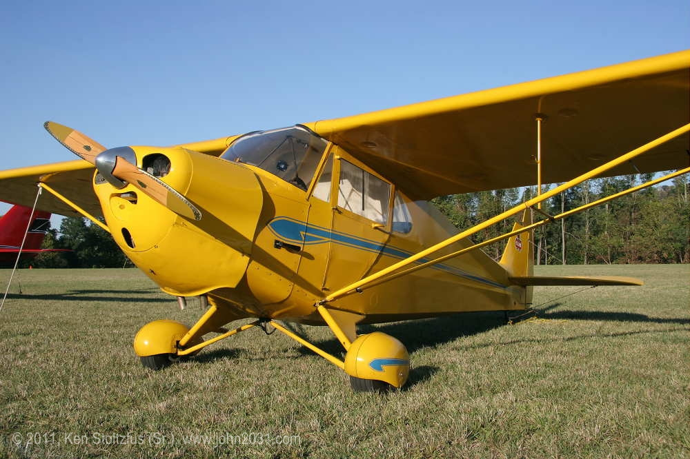 Piper J-4E Cub Coupe